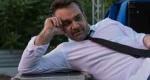 Ο Δώρος Δημοσθένους λατρεύει τον Χατζιδάκι και ροκάρει με Έλβις στο Μέγαρο (συνέντευξη)
